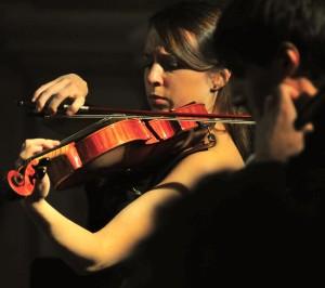 """Violista dell'Alinde Quartett, vincitore del II Premio al Concorso internazionale di musica da camera """"Salieri-Zinetti"""" - Verona"""